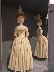 Bustle-1870 - 1890