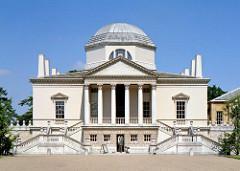 Chiswick House, 1725, Lord Burlington  & William Kent, Middlesex , England. - Neo-palladianism - Return to the first principles of Antiquity (Virtuvius), Palladio & Inigo Jones.