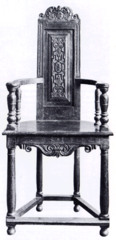 FR Caqueatoires- typically a female chair, trapezoidal shaped seat