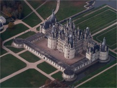 French Renaissance.Chateau de chambord. Domienico de Cotona. Frecn were not as concerned with symmetry as the Italians.
