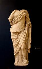 himation-greek
