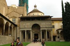 Pazzi Chapel, S. Croce (1429)
