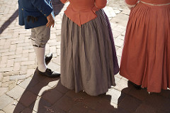 rhinegraves/petticoat breeches-17th Century