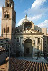 Sant Andrea by Alberti, 15th Cen. Italian Ren - playing with eyes so looks taller than is wide, top rounded piece  - blending of 2 subjects - temple-front facade plus triumphant arch - floor to ceiling plasters, sits on pedastles .. unifies registers up - 3 pattern, though central more empahsized  - emphasized veerticality, deep entrance w/fronal arches  - pediment creates heavy crowning element  - plan latin cross sytle, alternating columns (coffered building)  - huge peers - lighting - use of recuced medalions again