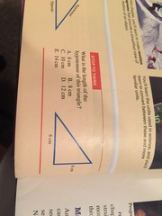STT 1 What is the length of the hypotenuse of this triangle? ( 6 and 8 cm) A 6 cm b 8 cm C 10 cm D 12 cm E 14 cm